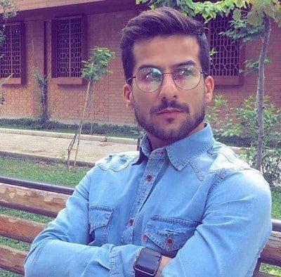 Hossein Montazeri – Yare Abadi 400x394 - دانلود آهنگ حسین منتظری به نام تاج سر
