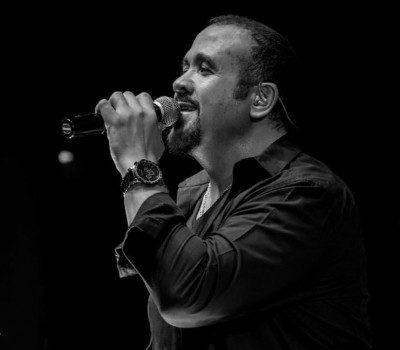 Hisham Abbas Aamel Dagga 400x350 - دانلود آلبوم عربی هشام عباس به نام عامل ضجه
