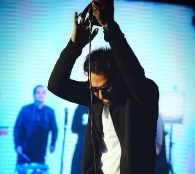 Ali Pasban Ashcome – Eshghe To - دانلود آهنگ علی پاسبان و اشکام به نام عشق تو