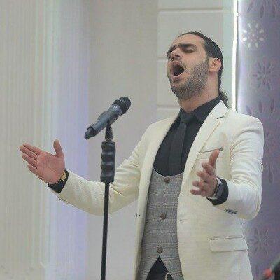 Amir yasha 400x400 - دانلود اجرای زنده امیر یاشا به نام قصه ی عشق