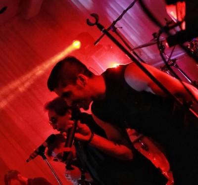 Black Cats13 - دانلود آهنگ بلک کتس به نام مجنون
