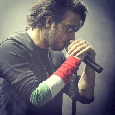 Kaveh Afagh11 - دانلود آهنگ کاوه آفاق به نام حس