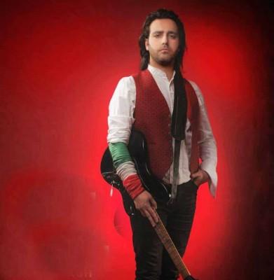 Kaveh Afagh20 - دانلود آهنگ کاوه آفاق به نام بدرود