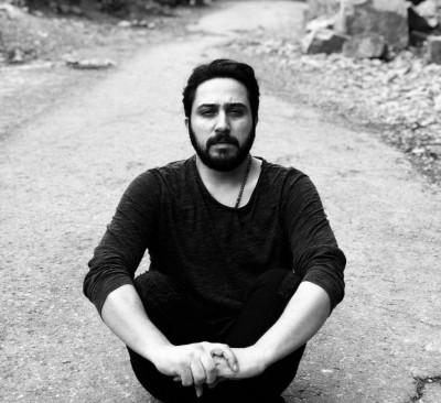 Roozbeh Bemani 3 - دانلود آهنگ روزبه بمانی به نام آوار