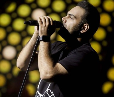 Siamak Abbasi7 - دانلود آهنگ سیامک عباسی رفیق آرزوهات باش