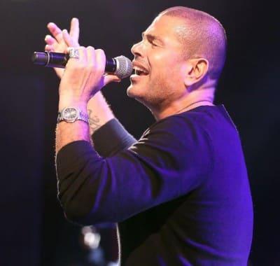 Amr Diab – Yetalemo - دانلود اجرای زنده عمرو دیاب به نام Yetalemo