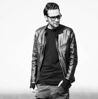 Mehdi Ahmadvand – Saat 7 - دانلود آهنگ مهدی احمدوند به نام ساعت ۷