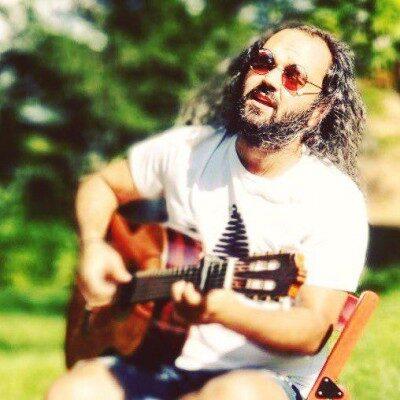 Milad Bagheri Booseh 400x400 - دانلود آهنگ میلاد باقری به نام بوسه