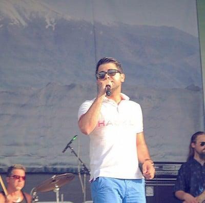 Navid Rasti Emshab1 - دانلود آهنگ ستاره ها روی زمینن امشب