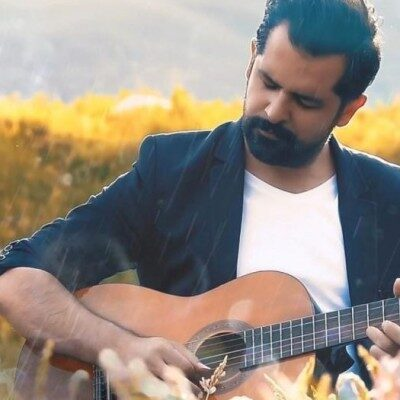 Soheil Rahmani – Ye Chi Begam 400x400 - دانلود ورژن آکوستیک آهنگ سهیل رحمانی به نام یه چی بگم