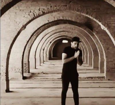 Ahmad Solo – Havaset Hast Behesh - دانلود آهنگ احمد سلو به نام حواست هست بهش