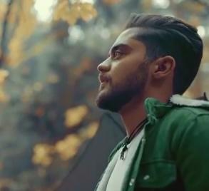 Ali Khodabandeh1 - دانلود آهنگ علی خدابنده به نام حواس پرت