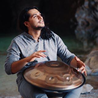 Erfan GhaviGhalb Ft.AmirAli Rahmani PanerShia1 - دانلود آلبوم عرفان قوی قلب و امیرعلی رحمانی به نام پنرشیا