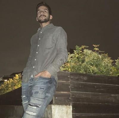 Hossein Montazeri – Khaterkhah - دانلود آهنگ حسین منتظری به نام خاطرخواه