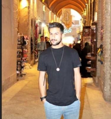 Hossein Montazeri – Taje Sar  - دانلود آهنگ حسین منتظری به نام تو چشام زل بزن