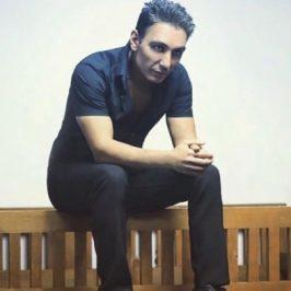 Shadmehr Aghili20 266x266 - دانلود آهنگ شادمهر عقیلی به نام پل عاطفه
