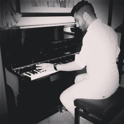 Shayan Shaygan8 400x400 - دانلود آهنگ شایان شایگان مگه میشه