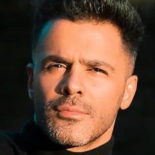 Sirvan Khosravi – Emrooz Mikham Behet Begam - دانلود اجرای زنده آهنگ سیروان خسروی به نام امروز می خوام بهت بگم