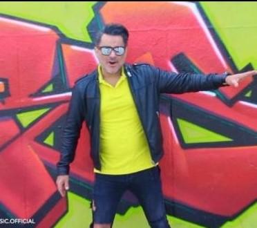 Emad – Bi Naziri - دانلود آهنگ عماد تصور