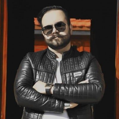 Hamid Tavalaei Kafe Chi 400x400 - دانلود آهنگ حمید تولایی کافه چی