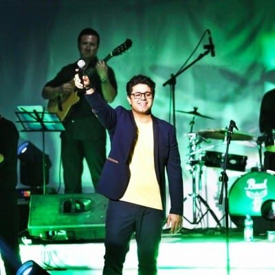 Hojat Ashrafzadeh9 400x400 - دانلود آهنگ حجت اشرف زاده به نام ضربه دوازدهم