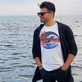 Khosro Dadgar - دانلود آهنگ خسرو دادگر به نام دنیای منی