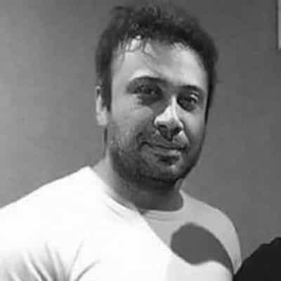 Mohsen Chavoshi14 400x400 - دانلود آهنگ محسن چاوشی به نام دزیره
