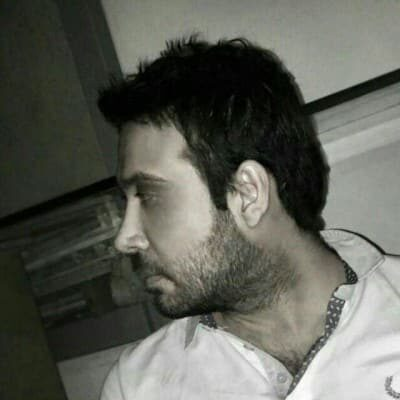Mohsen Chavoshi5 400x400 - دانلود آهنگ محسن چاوشی و سینا حجازی به نام خلیج ایرانی