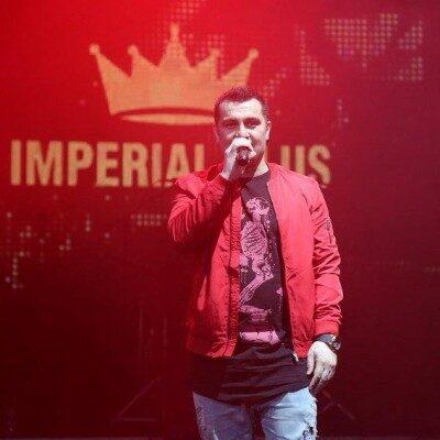 Armin Nosrati 8 400x400 - دانلود آهنگ آرمین نصرتی به نام مبارک باد کی تورو قشنگت کرده