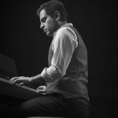 Hamid Afra Sedam Kon 400x400 - دانلود آهنگ حمید افرا به نام صدام کن