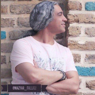 Mazyar Fallahi 12 400x400 - دانلود آهنگ مازیار فلاحی به نام تیم عاشق