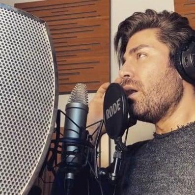 Reza Malekzade – Naro Naro - دانلود آهنگ رضا ملک زاده به نام عشق