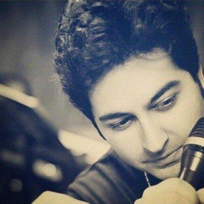 Behnam Safavai 400x400 - دانلود آهنگ تو فوق العاده ای هرجا بخوای بری من همراه تو هستم