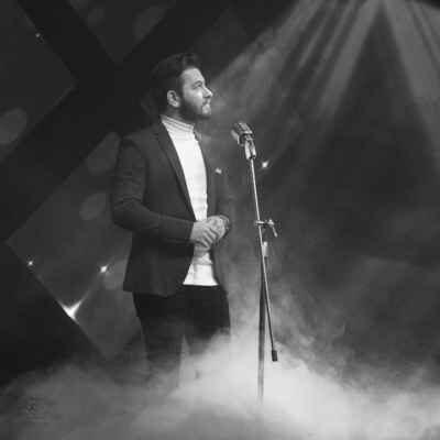Hossein Haghighi Salam Be Ayandeh 400x400 - دانلود آهنگ حسین حقیقی به نام سلام به آینده