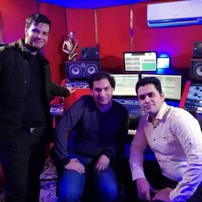 Kamyar Malek – Delfarib 400x400 - دانلود آهنگ کامیار ملک دلفریب