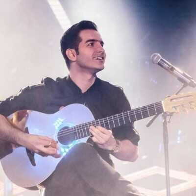 Mohsen 1 400x400 - دانلود آهنگ محسن یگانه عید هر سال