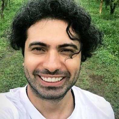 Amin Ghobad1 - دانلود آهنگ امین قباد لعنت