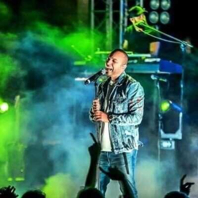 Arash 400x400 - دانلود آهنگ آرش یک شب در دبی