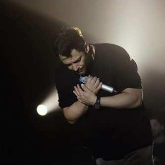 Mohammadreza Golzar1 - دانلود آهنگ محمدرضا گلزار کجا برم