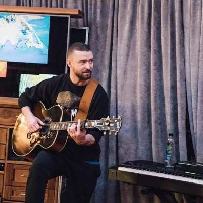 Justin Timberlake - دانلود تمامی آهنگ های جاستین تیمبرلیک Justin Timberlake