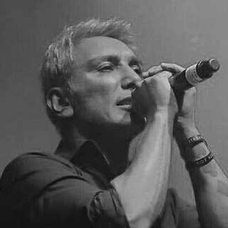 دانلود آهنگ شادمهر عقیلی روبروم شب و سیاهی