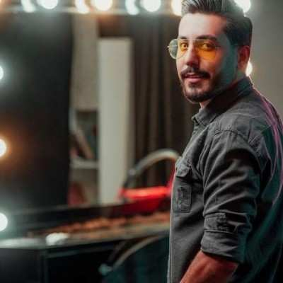 Ahmad Rad – To Khode Arameshi 1 - دانلود آهنگ احمد راد تو خود آرامشی