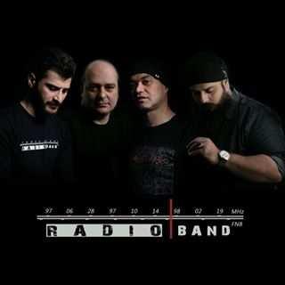 Radio Band - دانلود آهنگ گروه رادیو تدفین بی گریه