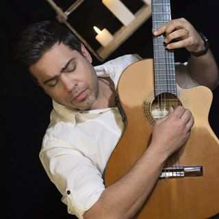 Abbas Roshanzadeh – Divooneh - دانلود آهنگ عباس روشن زاده دیوونه