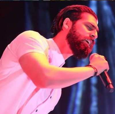 Mehdi Markazi - دانلود آهنگ مهدی مرکزی موهای چتری