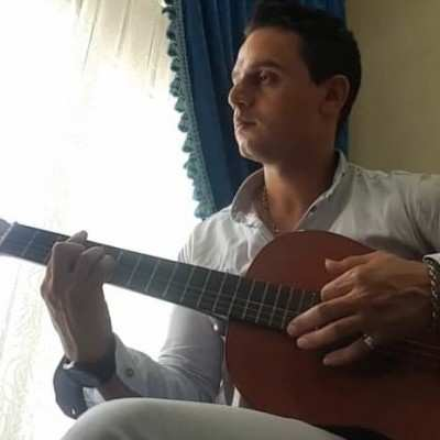 majid - دانلود آهنگ مجید تقی زاده یادت میمونه