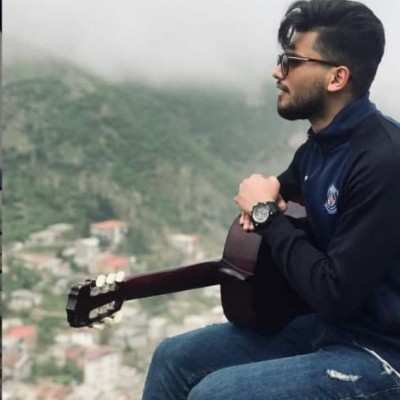 Ali Rodaki – Khanomam Mohaye Fer Dare - دانلود آهنگ علی رودکی خانومم موهای فر داره