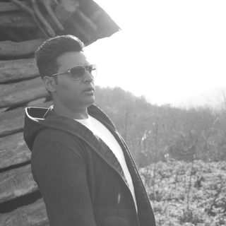 Amir Fallahzadeh - دانلود آهنگ سپی گنگ نشو خسته