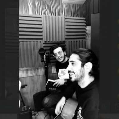 Kasra 1 - دانلود آهنگ کسری زاهدی یک نفر میرسد از راه