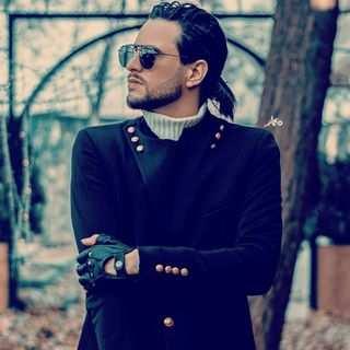 Mansour Farhadian - دانلود آهنگ سجاد تاجیک دلم فقط تورو میخواد
